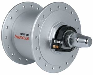 Shimano náboj NEXUS DH-C3000 přední s dynamem 6V/3W, 36 děr, stříbrný