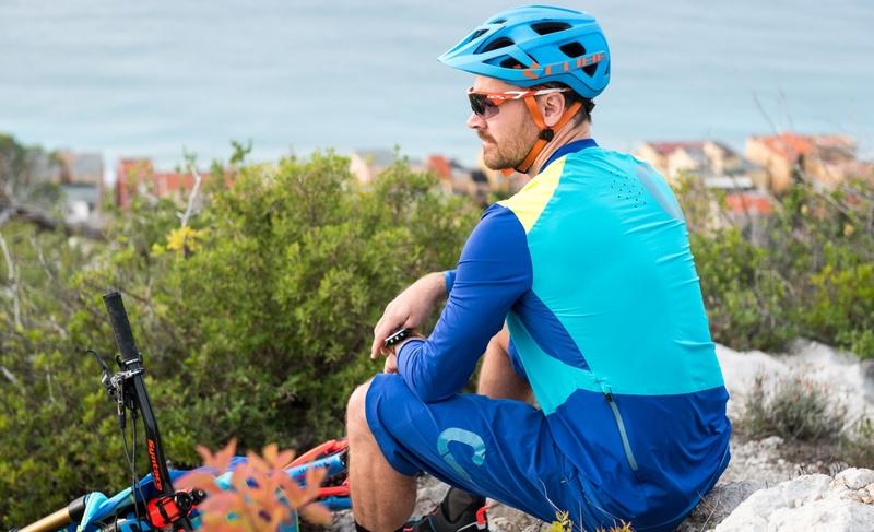 Cube dres AM blue kulatý výstřih s dlouhým rukávem