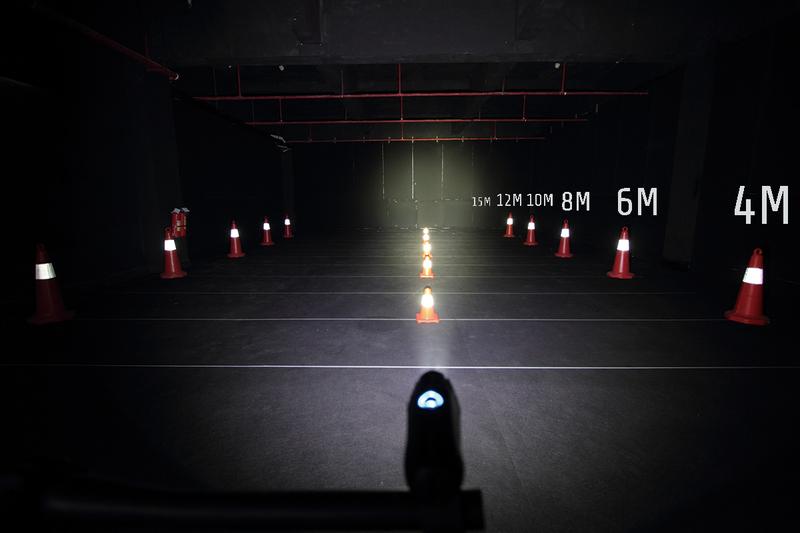 Force Přední světlo SAM-500