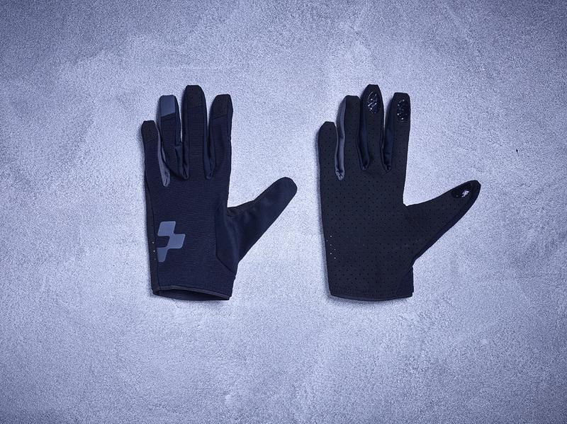 Cube rukavice Performance Long Blackline
